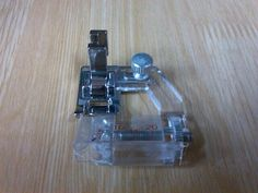 Suela fija para coser bies perfecto consíguela en www.maquinasdecoserdori.com, y te enseñan a usarla