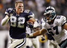 This is my all-time favorite play ever and my favorite player (that isn't Brett Favre). Jason Witten, TE for the Dallas Cowboys, all-around awesome guy and bad ass.