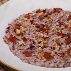 "This is ""Risotto con radicchio speck e noci"" by Al.ta Cucina on Vimeo, the home for high quality videos and the people who love them. Best Dinner Recipes, Vegetarian Recipes Dinner, Salsa Italiana, Crockpot Lunch, Tastemade Recipes, Risotto Recipes, Easy Healthy Breakfast, Pumpkin Recipes, Risotto"