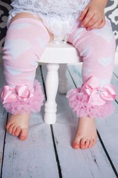 Baby leggings for valentines day    http://www.etsy.com/listing/123015496/pink-leg-warmers-baby-valentines-day