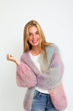 Crochet Patterns Sweter Cardigans_Les_Tricots_Do_Cardi_Multi_Mix_Mix_Fuzzy_Wool_Wol_Print_Sienna_Goodies… Gros Pull Mohair, Modest Fashion, Fashion Outfits, Mohair Sweater, Wool Poncho, Cardigan Pattern, Cape Pattern, Knit Fashion, Pulls
