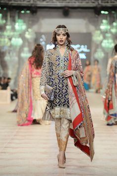 Zara Shahjahan - Pakistan Bridal Fashion Week - PLBW 2014