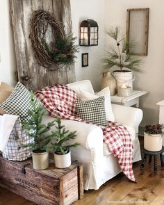 65 cozy farmhouse living room decor ideas 9 ~ Home Design Ideas Christmas Home, Farmhouse Decor Living Room, Home Living Room, Farm House Living Room, Country Decor, Cottage Decor, Home Decor, Room Decor, Living Decor
