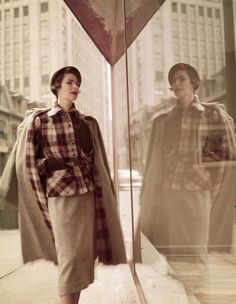 Pendleton fashion shot by Ronny Jaques, 1940's Fashion, Fashion Shoot, Retro Fashion, Autumn Fashion, Vintage Fashion, Fashion History, Ladies Fashion, Vintage Fall, Vintage Style