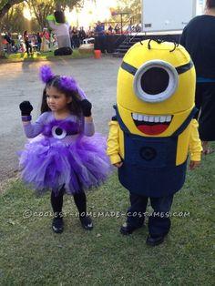 Coolest Handmade Minion Costume...