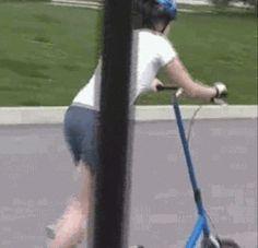 ÄNTLIGEN någon som uppfunnit ett hjälpmedel så att man kan få springa utomhus också. Det var på tiden.
