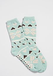 ultra soft crew socks with grip bottoms in nordic print - On my wish list #wishpinwinsweepstakes #discovermaurices.maurices.com