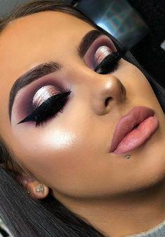 Eyeliner Tricks - Eyeliner Tips Sexy Makeup, Glam Makeup, Makeup Geek, Makeup Inspo, Makeup Inspiration, Makeup Tips, Beauty Makeup, Hair Makeup, Makeup Tutorials