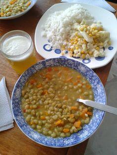 Arveja, ensalada de maíz tierno con coliflor y arroz