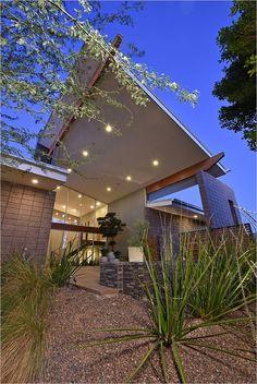 $1,995,000 - Davenel House ~ 9532 E. Conquistadores DriveScottsdale, AZ85255