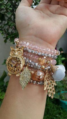 Handmade Beaded Jewelry, Handmade Bracelets, Custom Jewelry, Bangle Bracelets, Bangles, Bead Jewellery, Homemade Jewelry, Girls Necklaces, Summer Jewelry