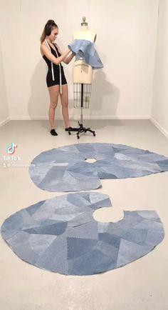 Fashion Sewing, Denim Fashion, Draping Techniques, Couture Sewing Techniques, Creation Couture, Fashion Design Drawings, Recycled Denim, Dress Sewing Patterns, Pattern Fashion