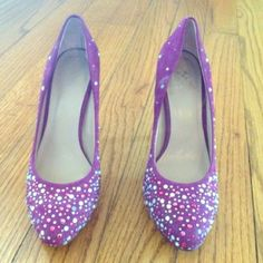 Vince Camuto Purple Sparkle Pumps These are amazing!! Just a little too big on me due to massive weight loss. I'm torn up to let them go! Very comfortable and stylish. Only worn outside twice. Reposh. Vince Camuto Shoes Heels