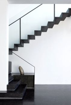 minimal stairway | Blackrock Studio, Scottsdale by Weddle Gilmore Black Studio