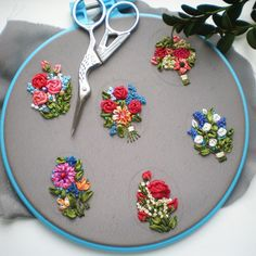 Wonderful Ribbon Embroidery Flowers by Hand Ideas. Enchanting Ribbon Embroidery Flowers by Hand Ideas. Hand Embroidery Videos, Hand Embroidery Flowers, Embroidery Works, Flower Embroidery Designs, Hand Embroidery Stitches, Silk Ribbon Embroidery, Embroidery Jewelry, Diy Embroidery, Bordado Floral