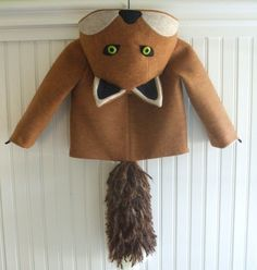 Super sweet fox coat for fall. $150 Etsy seller littlegoodall.