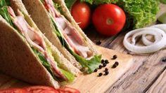 Sandwich with Lettuce, Tomato, bacon and Onion , Kiwi, Onion, Sandwiches, Pasta, Ethnic Recipes, Lettuce Sandwich, Food, Graphics, Shape
