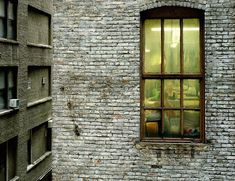 Dentro le finestre degli altri - Il Post (© Gail Albert Halaban - Out My Window)