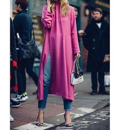 Платье Balenciaga    Заказ и вопросы в WhatsApp (номер в bio)    Доставка по всему миру