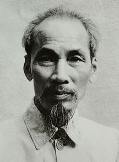 Ho Chi Minh 1946-Vietnam obtained independence following the First Indochina War. In 1945, Hồ Chí Minh declared an independent Democratic Republic of Vietnam, which was recognized by the fellow Communist governments of China and the Soviet Union. Fighting lasted until March 1954, when the Việt Minh won the decisive victory against French forces at the grueling Battle of Điện Biên Phủ.