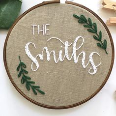 Family Name Typography Embroidery Hoop Wall Art. Family Name Wall Art. Hand Lettered Farmhouse decor. Embroidery Wall Hanging. Leaf Wall Art Let this family name embroidery hoop be the first thing that people see when they walk in! Its got a gorgeous farmhouse decor feel to it and will