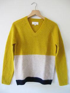 Trovata Vee Neck Colorblock Sweater