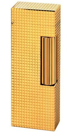 #Dunhill Rollalite Lighter. This is the limited edition (only 50 pcs) Apex re-issue in 18kt gold. Vintage models are available on eBay.  Favorite lighter of Coco Chanel, Sinatra, and The King.