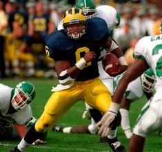 Michigan Wolverines Football, College Football Teams, Football Helmets, Team Mascots, Team Uniforms, American Football, 30 Years, Athlete, Defenders