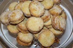 Ruokasurffausta: Vanhanajan herräsväen pikkuleivät - leivontaa mummun kanssa Deserts, Muffin, Sweets, Cookies, Baking, Breakfast, Food, Crack Crackers, Morning Coffee