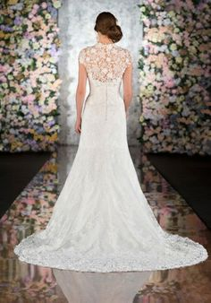 This is what I want my dress to look like the 2nd time around when I do everything better!!!