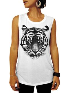 Pick up this Tiger face women's muscle shirt. This muscle tee tank top from Resis-Dentz Denim + Design is the perfect workout top. Tiger Shirt, Tiger Tank, Football Fashion, Tanks, Tank Tops, Muscle Shirts, Festival Wear, Workout Tops, Nice Dresses