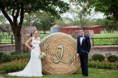 haybale country wedding must do! Wedding 2017, Wedding Pics, Wedding Bells, Wedding Events, Dream Wedding, Wedding Dresses, Wedding Stuff, Country Style Wedding, Country Weddings