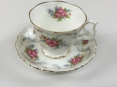 ROYAL ALBERT - TRANQUILITY Bone China England TEACUP and SAUCER set