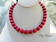 Lovely Fuchsia Pink Wood Bead by PegsVintageJewellery on Etsy