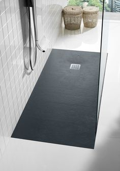 Anti-slip rectangular #shower tray TERRAN by ROCA #bathroom #minimal Perfect for a side, glass divide shower. Such a fan