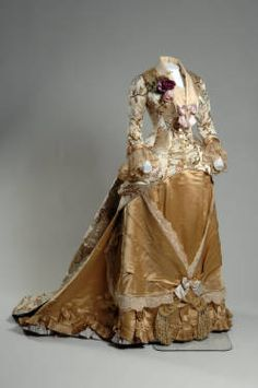 Dinner dress, 1878. Silk brocade, lace, silk satin. Emile Pingat, France.
