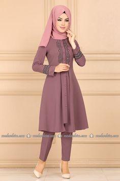 Combine Dress Combines Hijab Kombine Prices Page 4 Harika Model Modest Fashion Hijab, Abaya Fashion, Muslim Fashion, Fashion Dresses, Casual Day Outfits, Summer Fashion Outfits, Stylish Dress Designs, Stylish Dresses, Grey Evening Dresses