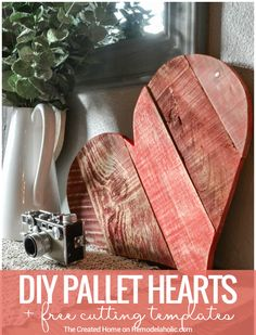 Rustic DIY Pallet Wood Hearts + Free Templates These DIY rustic pallet wood hearts are the perfect scrap project to use up those odd and ends of leftover wood. Paint it, whitewash it, or leave it natural. Pallet Home Decor, Wooden Pallet Projects, Woodworking Projects Diy, Woodworking Plans, Pallet Ideas, Woodworking Quotes, Woodworking Furniture, Pallet Holiday Ideas, Woodworking Beginner
