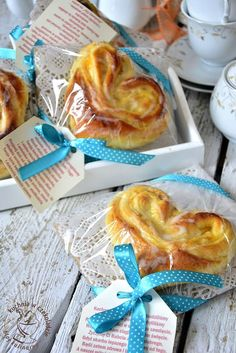 Camembert Cheese, Diy And Crafts, Dairy, Breakfast, Gifts, Food, Education, Handarbeit, Crafting