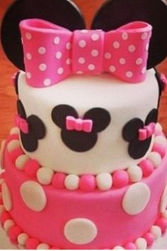 Mini Mouse Cake-This is very cute!