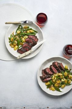 Steaks with Gnocchi and Haricots Verts Easy Steak Recipes, Grilled Steak Recipes, Healthy Diet Recipes, Healthy Meal Prep, Meat Recipes, Easy Dinner Recipes, Grilling Recipes, Casserole Recipes, Vegetarian Recipes