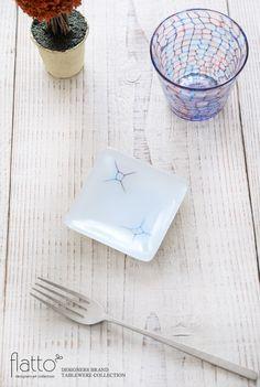 イロサシ角皿(8cm角)/作家「吉村桂子」/和食器通販セレクトショップ「flatto」