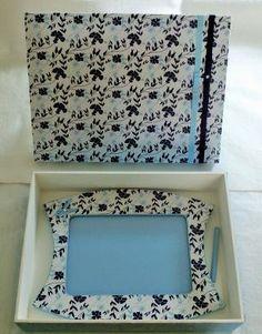 Caixa com porta retrato - floral azul
