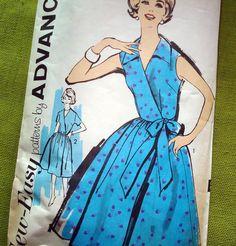 1960s Vintage Sewing Pattern -  Wrap Dress -  Advance 2710  / Bust 34. $12.00, via Etsy.