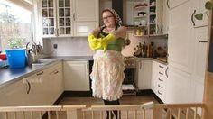 Lana's DIY schoonmaakmiddelen - goedkoop én milieuvriendelijk  - filmpje deel 1:  http://omroep.vara.nl/media/214030  filmpje deel 2: http://omroep.vara.nl/media/214032