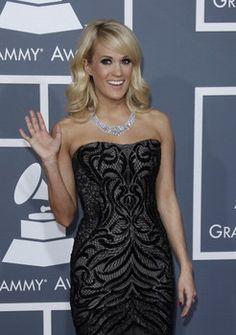 Carrie Underwood's hair tastes like oranges, says baseball player Brandon Belt