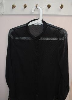 Kup mój przedmiot na #vintedpl http://www.vinted.pl/damska-odziez/koszule/9800107-czarna-koszula-pullbear