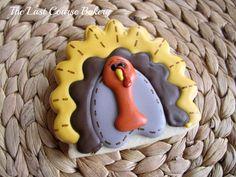 Thanksgiving Cookies: Trending Over Last Week Thanksgiving Cookies, Thanksgiving Crafts, Fall Crafts, Diy Crafts, Cookie Decorating Icing, Food Decorating, Royal Icing Cookies, Sugar Cookies, Turkey Cookies