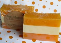 Natural Soap Glycerin Soap Dreamsicle 4.5 by Greenbubblegorgeous  https://www.etsy.com/shop/greenbubblegorgeous #naturalsoap #organicsoap #greenbubblegorgeous #tangerine #ecochic #wholesalesoap