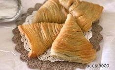Mini Pastries, Biscotti, Italian Desserts, Truffles, Nutella, Mousse, Sweet Treats, Vegetables, Cooking